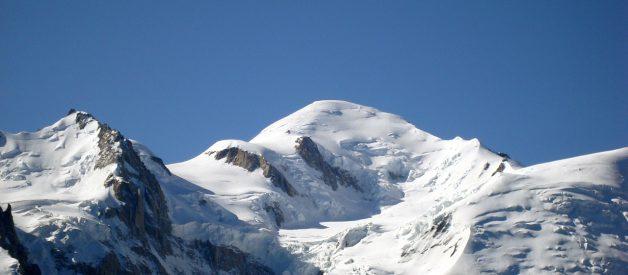 Le massif du Mont-Blanc : un écrin de blancheur